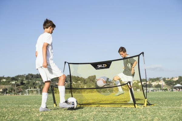 Складной футбольный тренажер SKLZ Quickster soccer trainer - купить ... c2b55638587